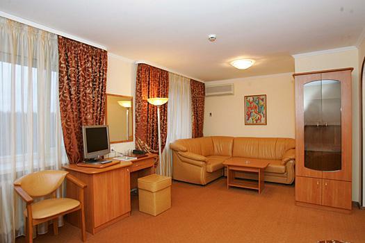 Вместительный двухместный стандарт в гостинице парк-отель Фили